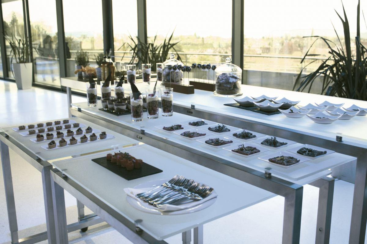 Modularni buffet stolovi